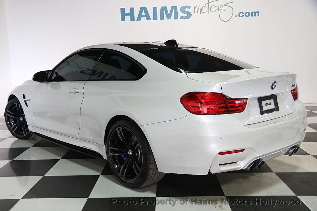 2015 BMW M4 2dr Coupe - 17409677 - 4
