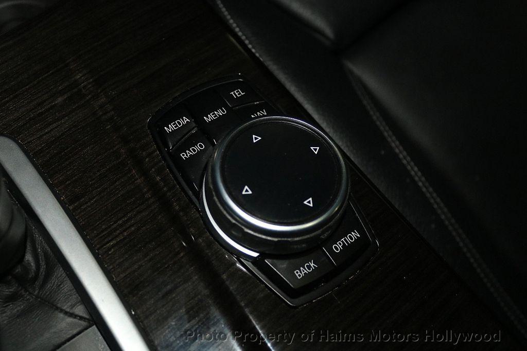 2015 BMW X4 xDrive28i - 17785333 - 29