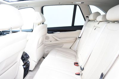 2015 BMW X5 LUXURY PKG - Click to see full-size photo viewer