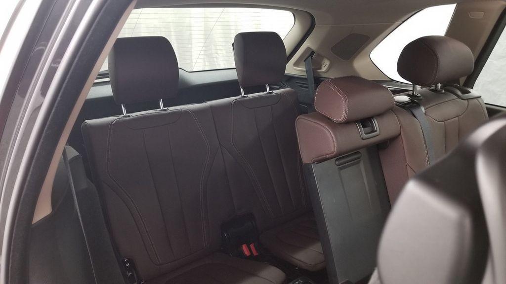 2015 BMW X5 xDrive35i - 18146477 - 11