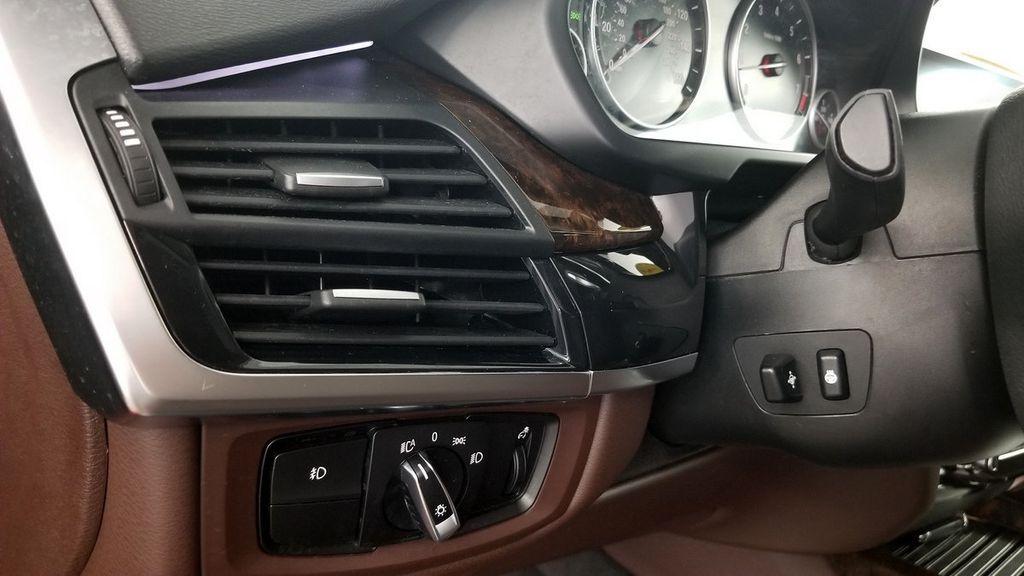 2015 BMW X5 xDrive35i - 18146477 - 21