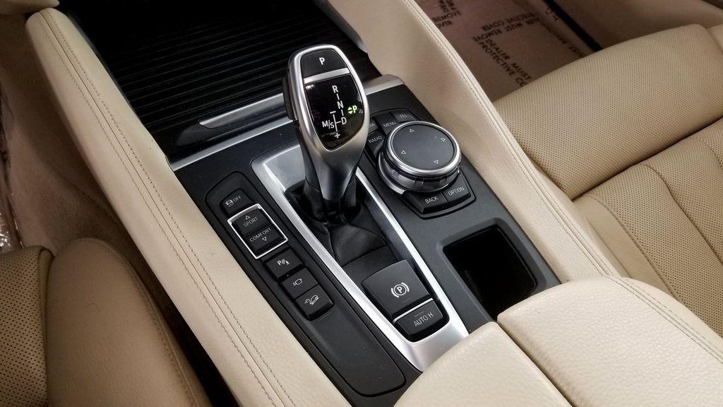2015 BMW X6 xDrive35i - 17916113 - 35