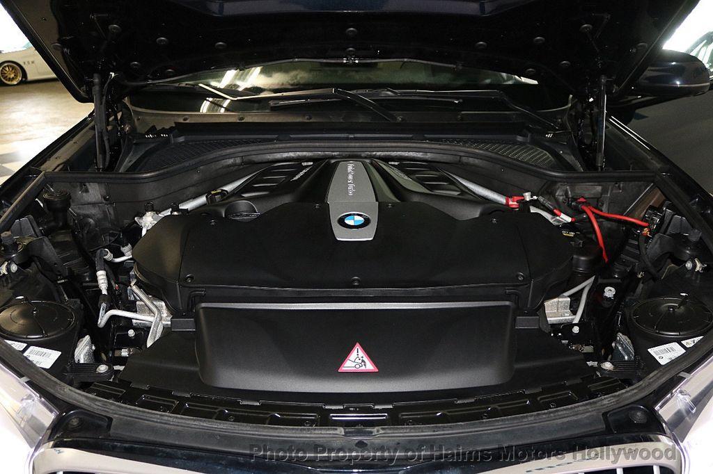 2015 BMW X6 xDrive50i - 17590355 - 39