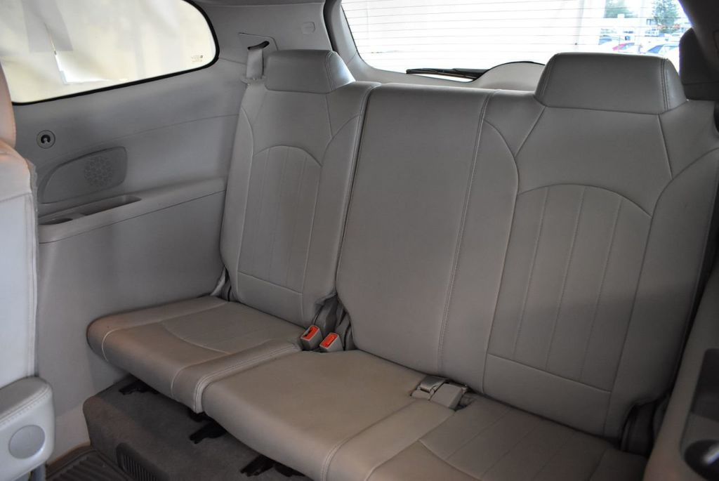 2015 Buick Enclave FWD 4dr Leather - 18061084 - 13