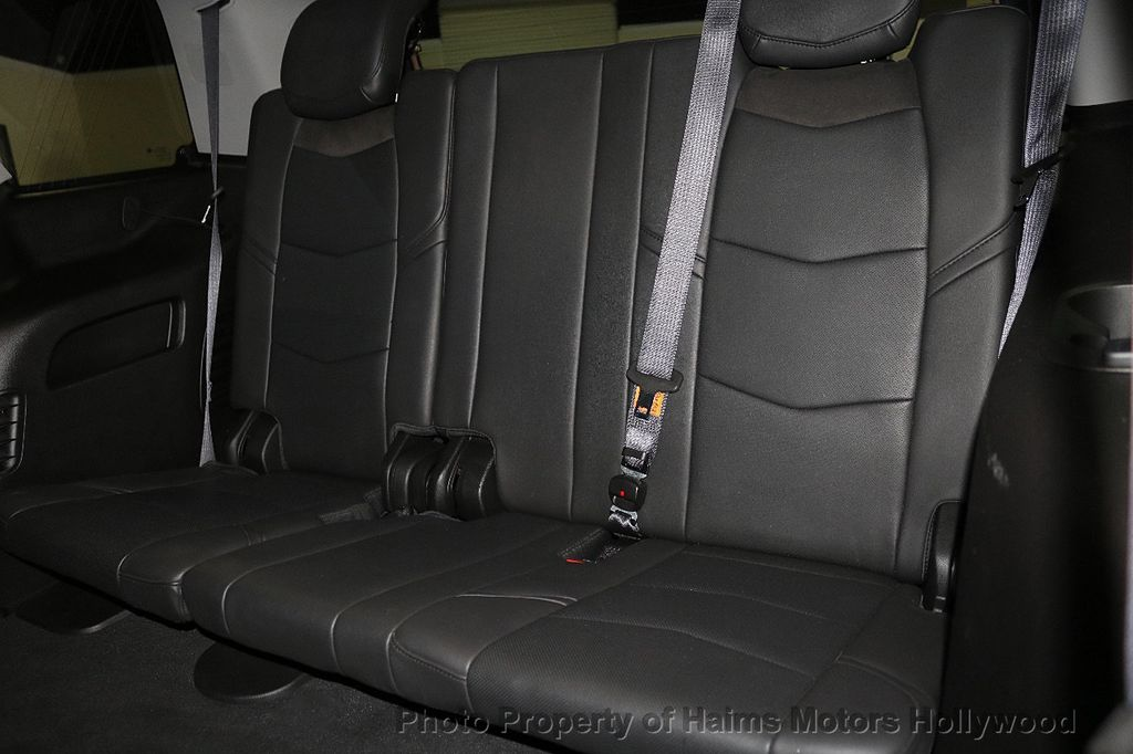 2015 Cadillac Escalade 2WD 4dr Luxury - 18241648 - 18