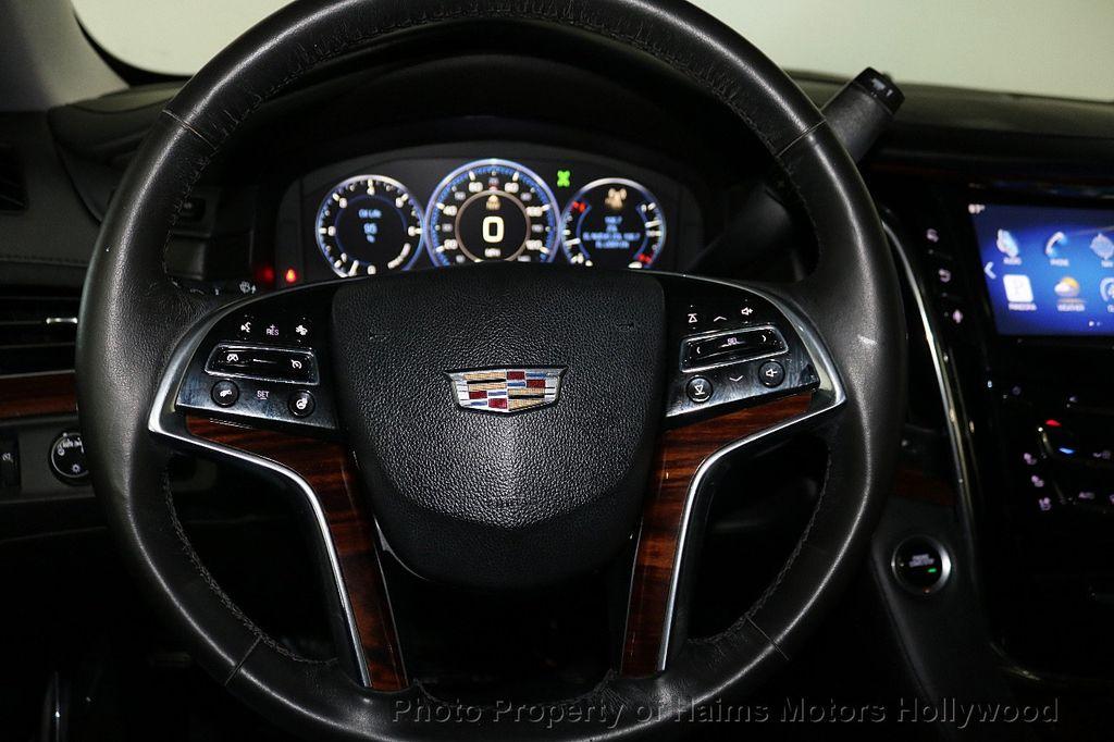 2015 Cadillac Escalade 2WD 4dr Luxury - 18241648 - 31