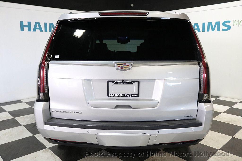 2015 Cadillac Escalade 2WD 4dr Luxury - 18241648 - 5