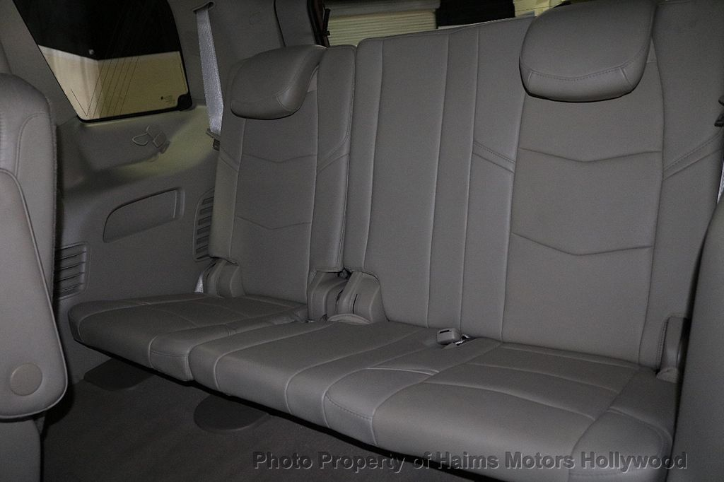 2015 Cadillac Escalade 2WD 4dr Luxury - 18512718 - 18