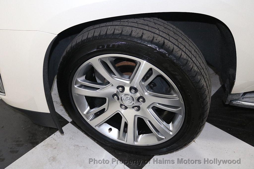 2015 Cadillac Escalade 2WD 4dr Luxury - 18512718 - 35