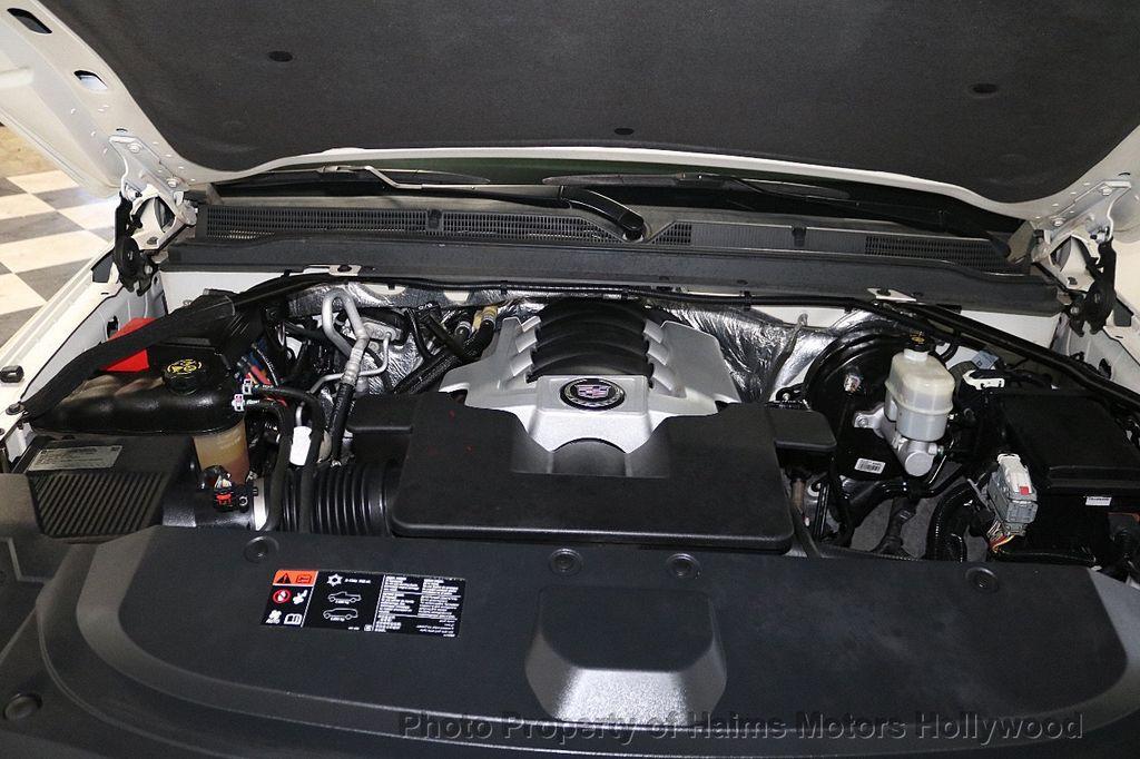2015 Cadillac Escalade 2WD 4dr Luxury - 18512718 - 36