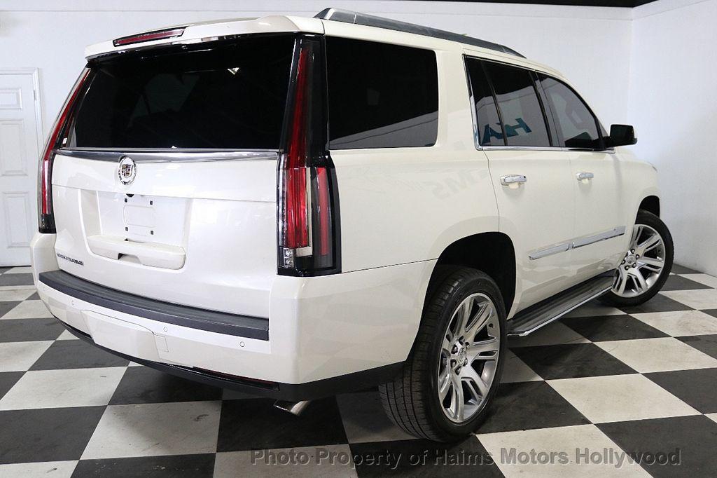 2015 Cadillac Escalade 2WD 4dr Luxury - 18512718 - 6