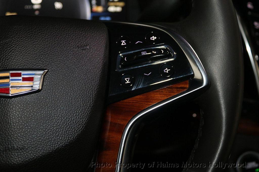 2015 Cadillac Escalade 2WD 4dr Luxury - 18699424 - 29