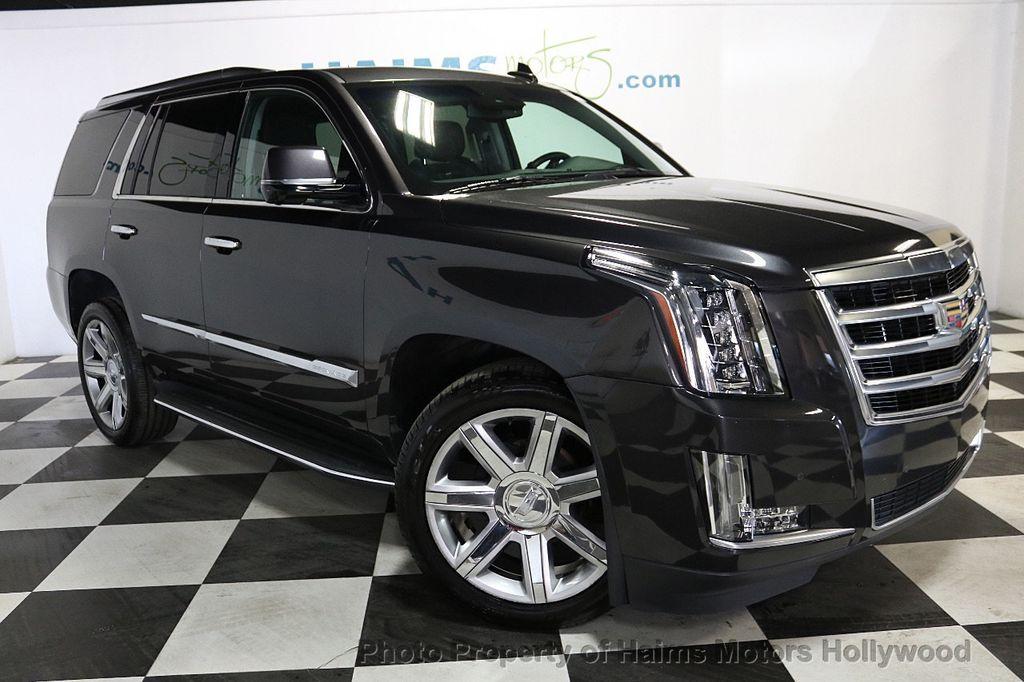 2015 Cadillac Escalade 2WD 4dr Luxury - 18699424 - 3