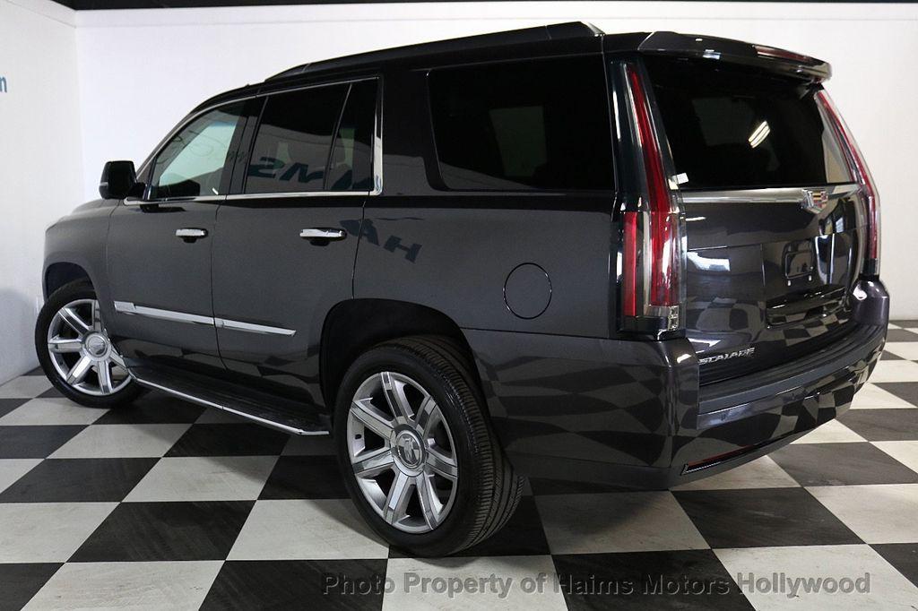 2015 Cadillac Escalade 2WD 4dr Luxury - 18699424 - 4