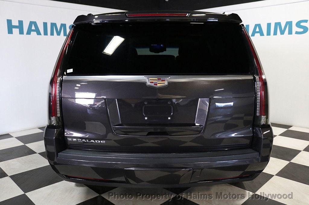 2015 Cadillac Escalade 2WD 4dr Luxury - 18699424 - 5