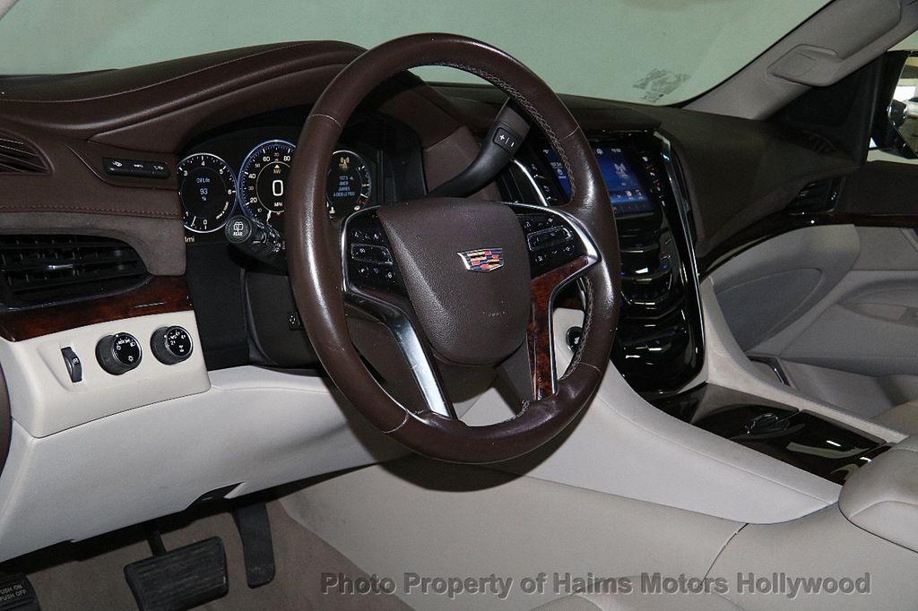2015 Cadillac Escalade 4WD 4dr Luxury - 17327967 - 22