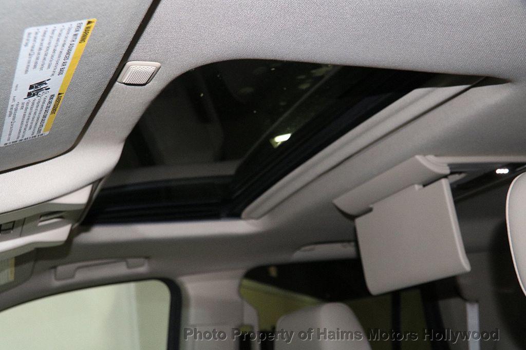 2015 Cadillac Escalade 4WD 4dr Luxury - 17327967 - 23