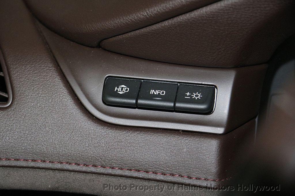2015 Cadillac Escalade 4WD 4dr Luxury - 17327967 - 30