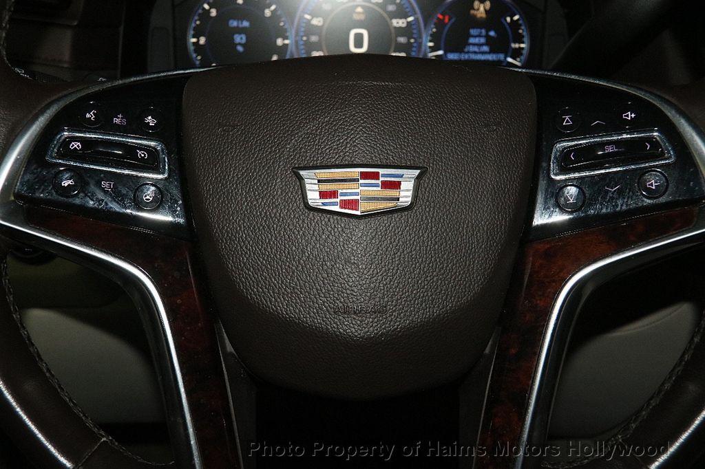2015 Cadillac Escalade 4WD 4dr Luxury - 17327967 - 34