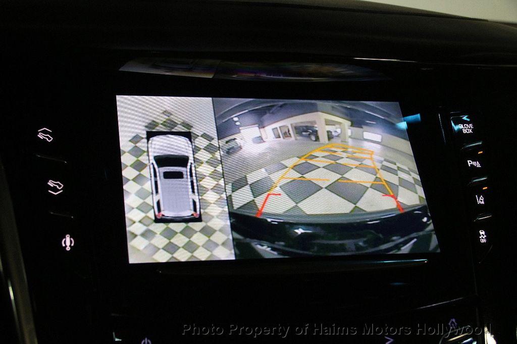 2015 Cadillac Escalade 4WD 4dr Luxury - 17327967 - 40