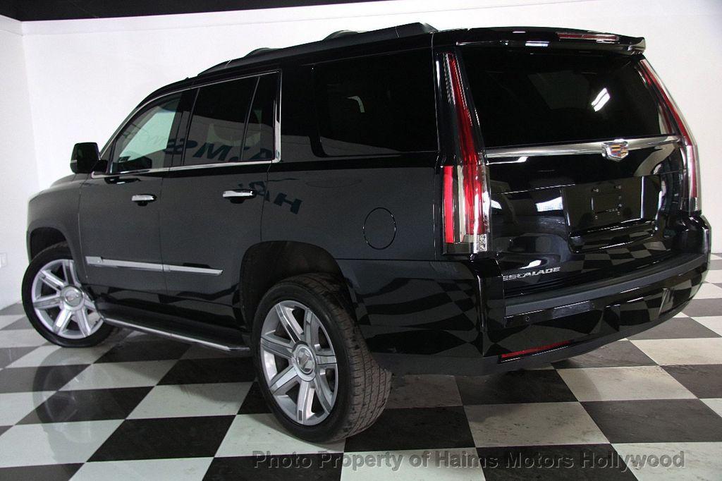 2015 Cadillac Escalade 4WD 4dr Luxury - 17327967 - 4