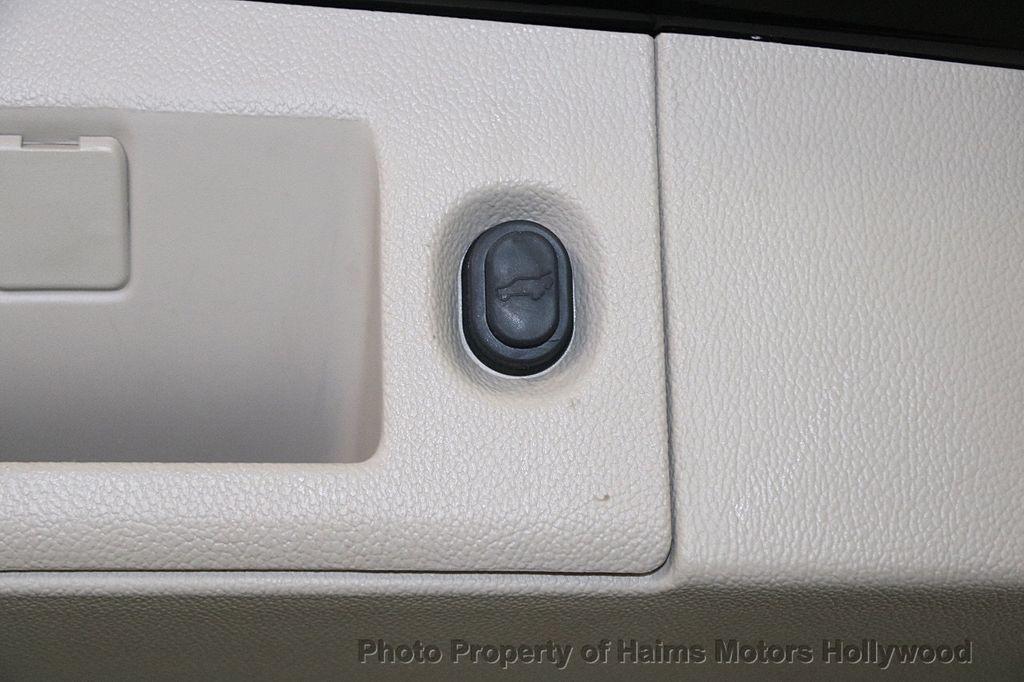 2015 Cadillac Escalade 4WD 4dr Luxury - 17327967 - 8