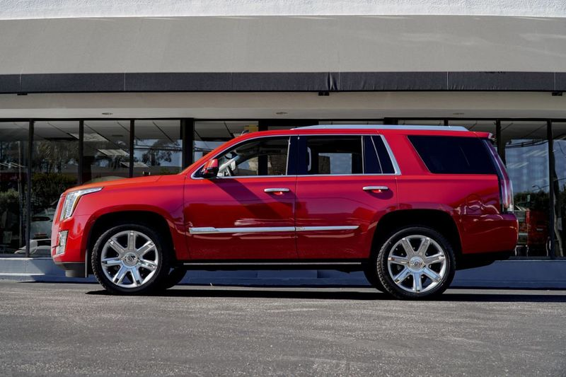 2015 Cadillac Escalade 4WD 4dr Premium - Click to see full-size photo viewer