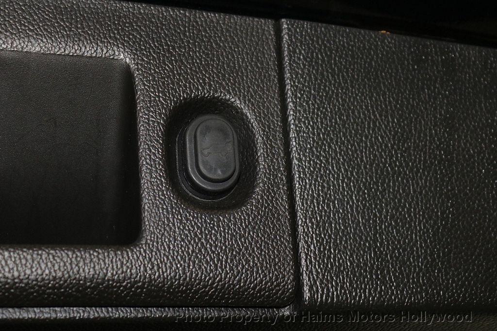 2015 Cadillac Escalade ESV 2WD 4dr Luxury - 18626184 - 9
