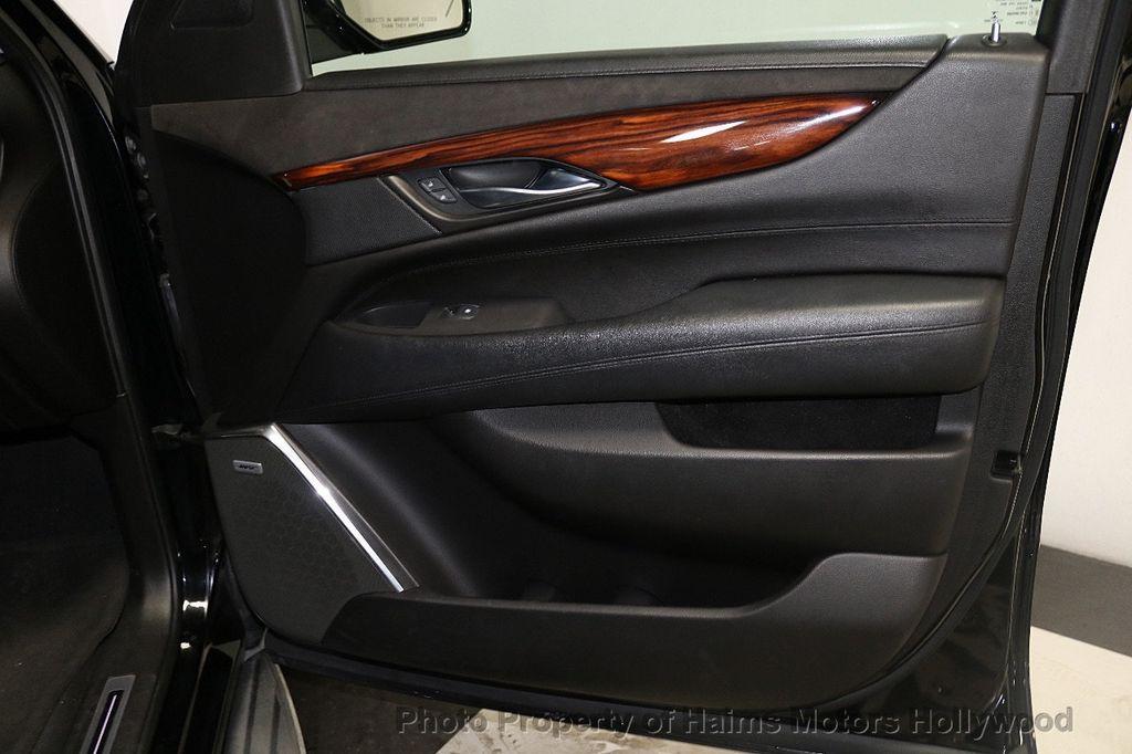 2015 Cadillac Escalade ESV 2WD 4dr Luxury - 18626184 - 13