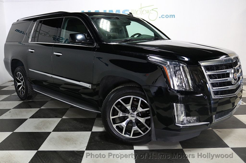 2015 Cadillac Escalade ESV 2WD 4dr Luxury - 18626184 - 3