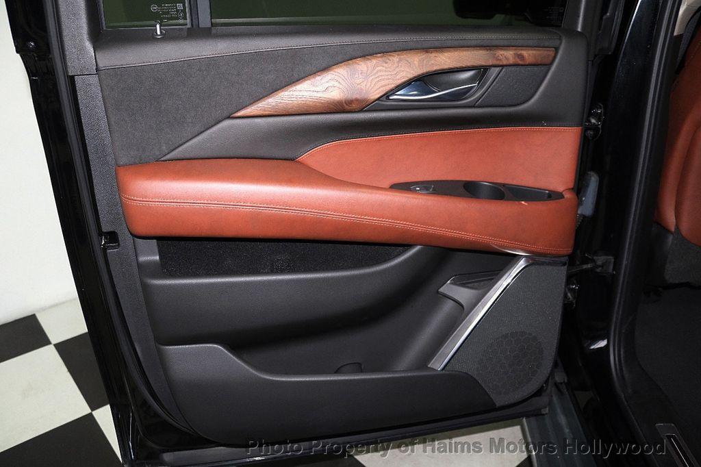 2015 Cadillac Escalade ESV 4WD 4dr Luxury - 17916128 - 13
