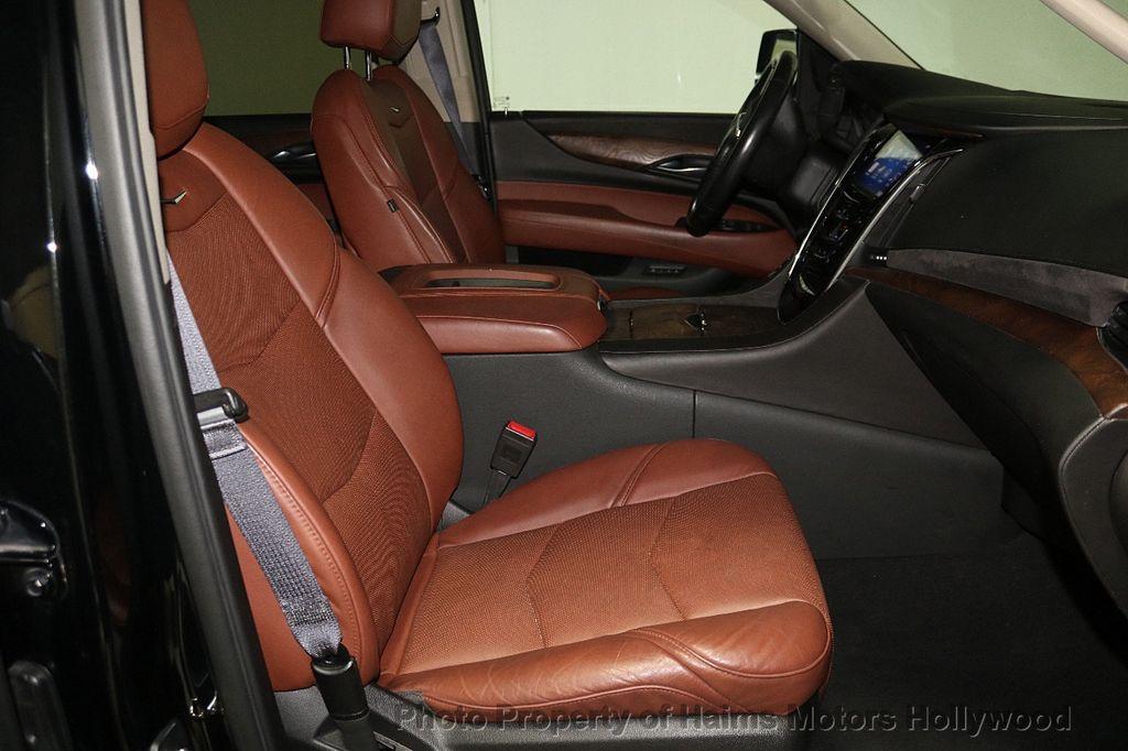 2015 Cadillac Escalade ESV 4WD 4dr Luxury - 17916128 - 16