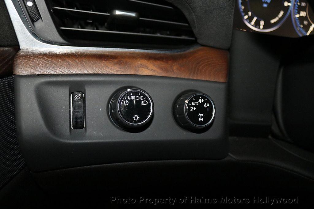 2015 Cadillac Escalade ESV 4WD 4dr Luxury - 17916128 - 30