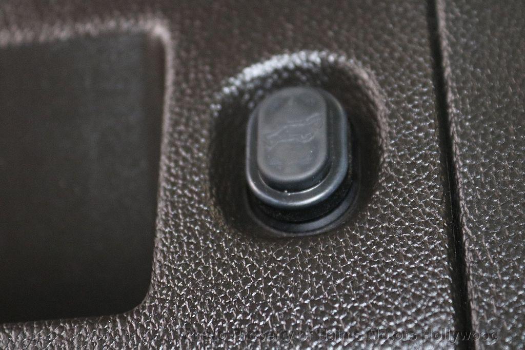 2015 Cadillac Escalade ESV 4WD 4dr Premium - 18355031 - 10