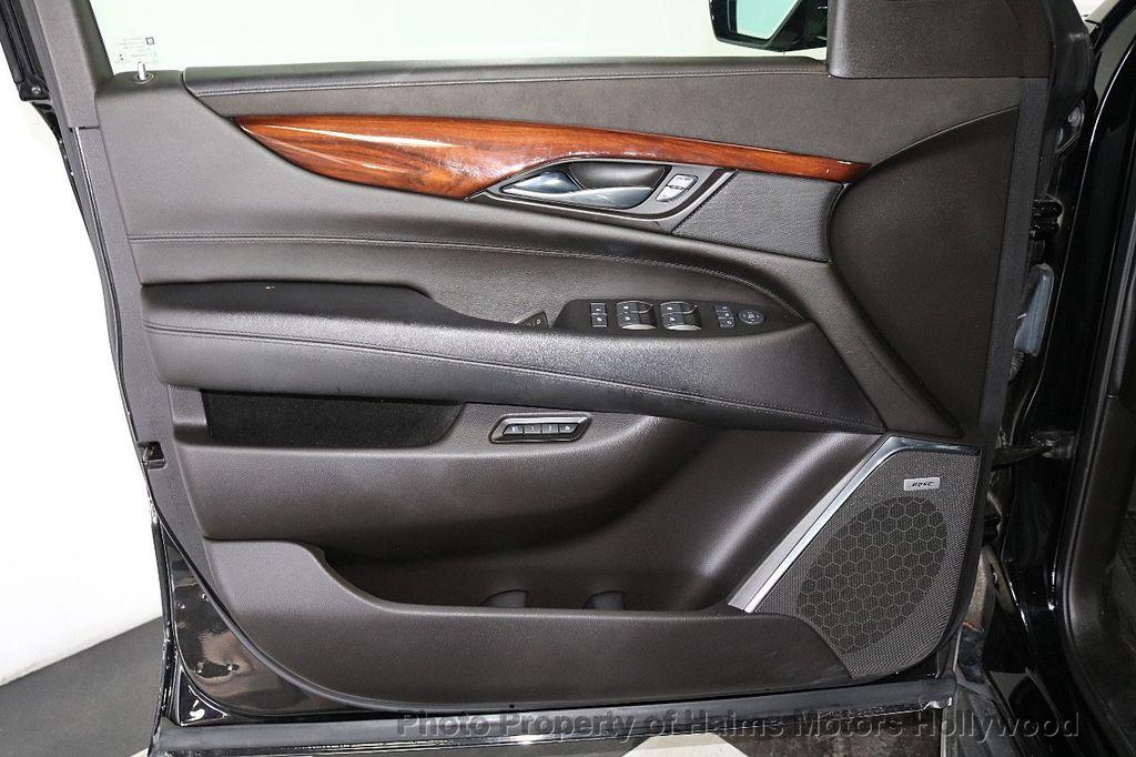 2015 Cadillac Escalade ESV 4WD 4dr Premium - 18355031 - 11