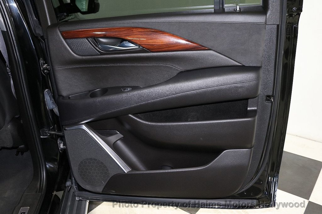 2015 Cadillac Escalade ESV 4WD 4dr Premium - 18355031 - 13