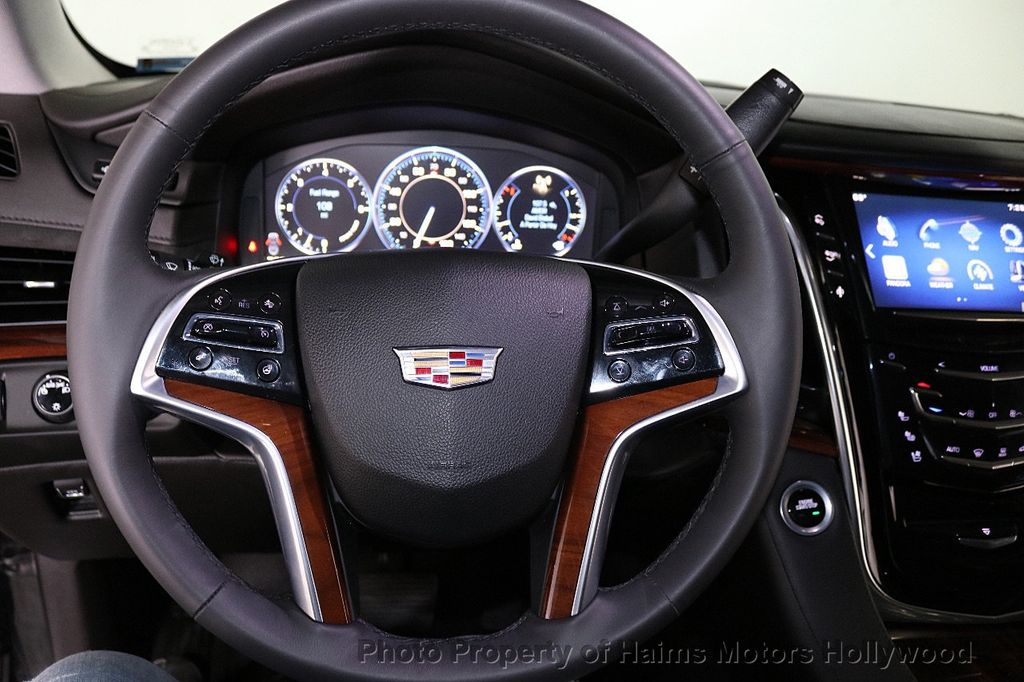 2015 Cadillac Escalade ESV 4WD 4dr Premium - 18355031 - 31