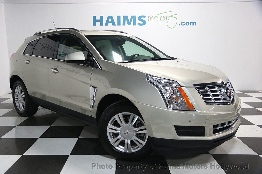 2015 Cadillac SRX FWD 4dr Luxury Collection - 16630314 - 3