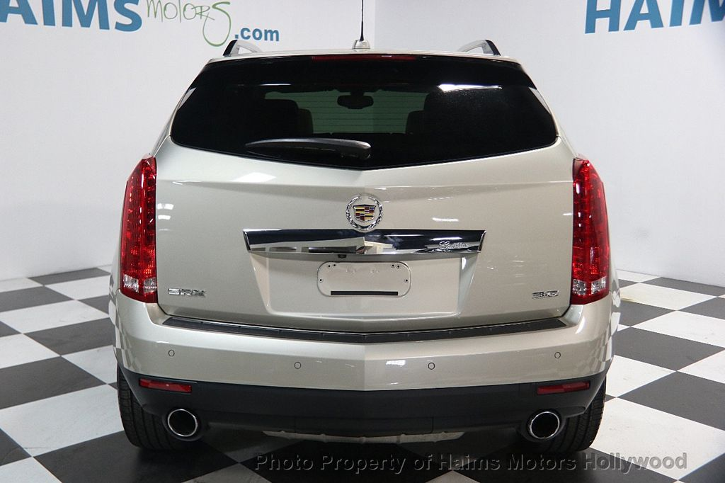 2015 Cadillac SRX FWD 4dr Luxury Collection - 16630314 - 5