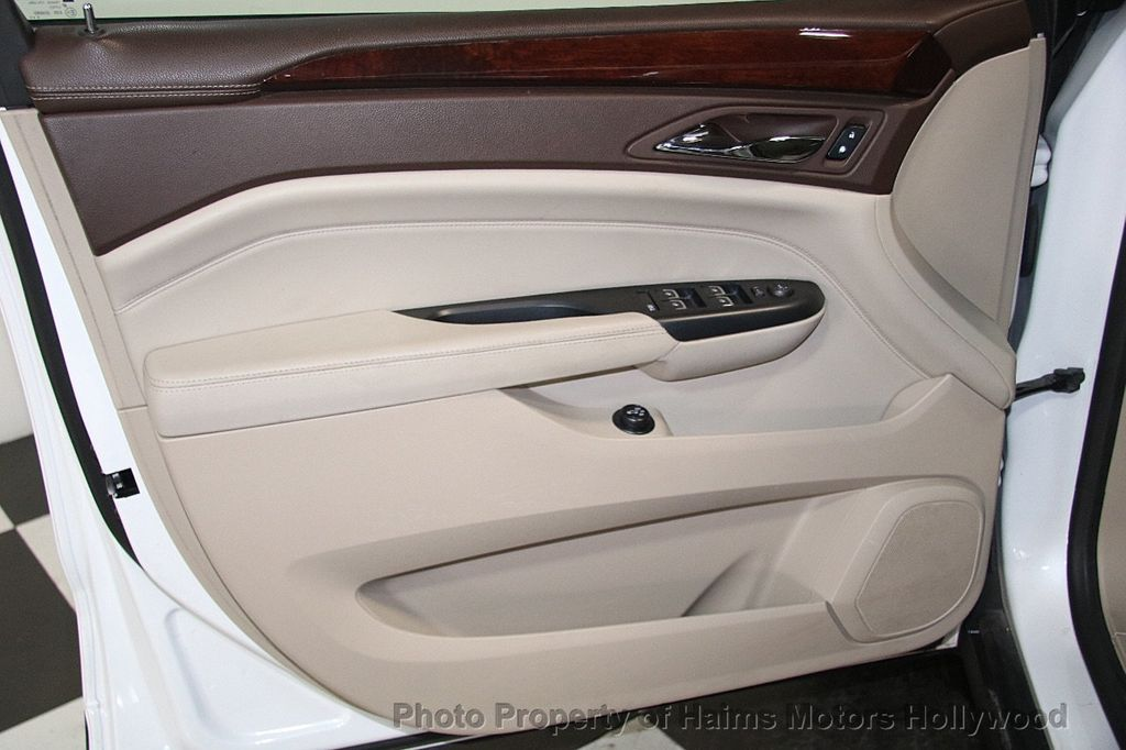 2015 Cadillac SRX FWD 4dr Luxury Collection - 17306423 - 11