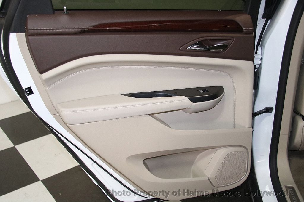 2015 Cadillac SRX FWD 4dr Luxury Collection - 17306423 - 12