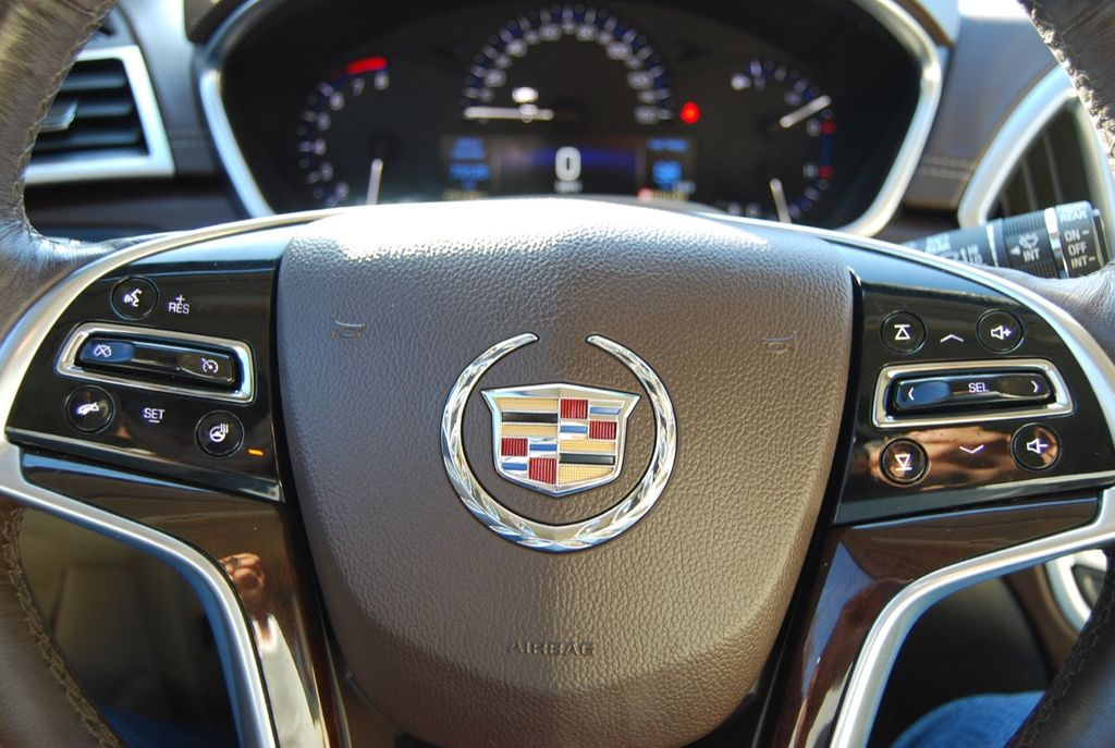 2015 Cadillac SRX FWD 4dr Luxury Collection - 18192826 - 25