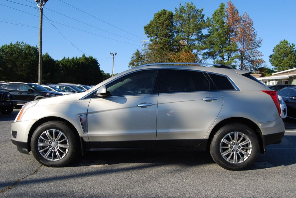 2015 Cadillac SRX FWD 4dr Luxury Collection - 18192826 - 4