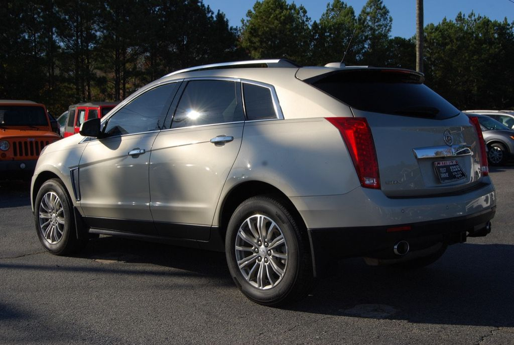 2015 Cadillac SRX FWD 4dr Luxury Collection - 18192826 - 5