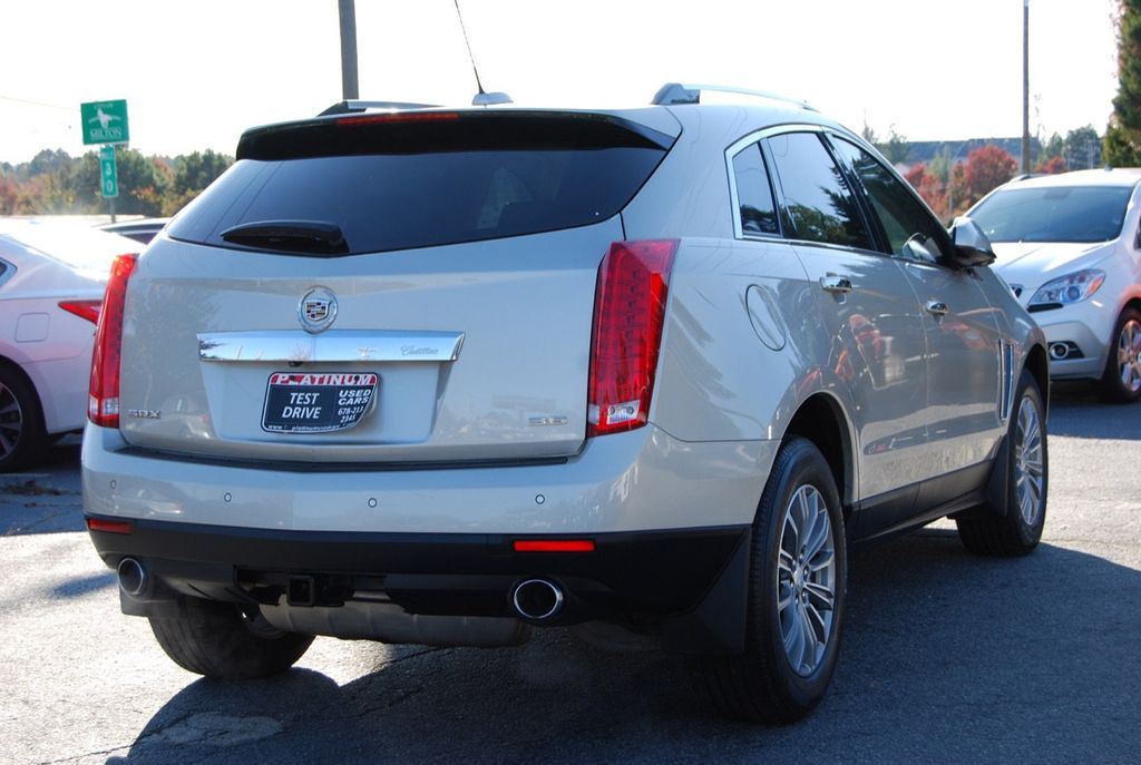 2015 Cadillac SRX FWD 4dr Luxury Collection - 18192826 - 8
