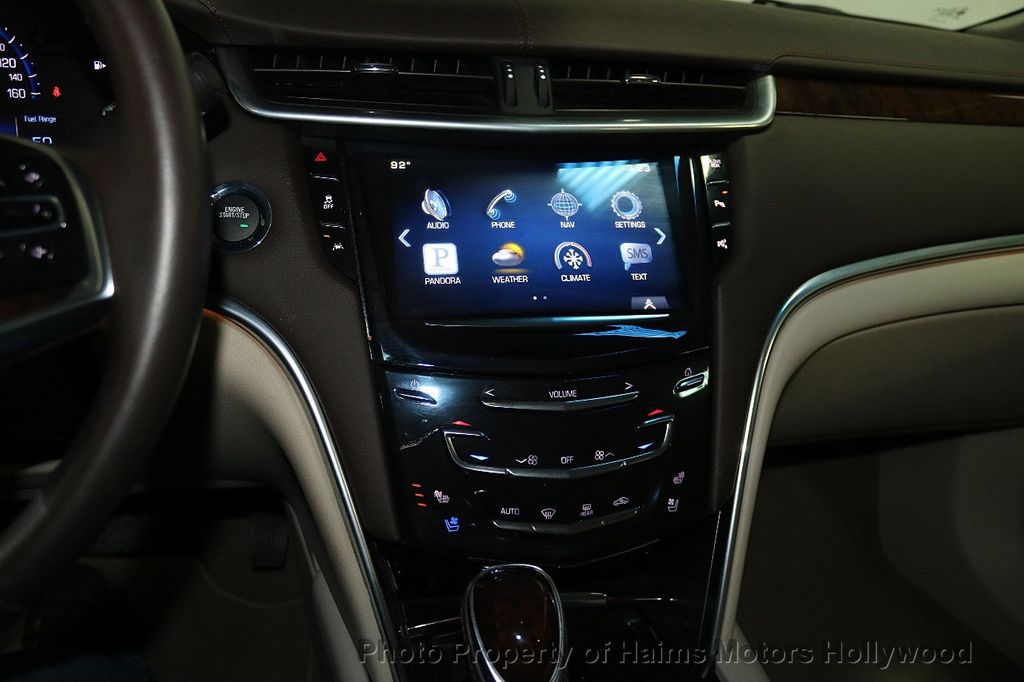 2015 Cadillac XTS 4dr Sedan Luxury FWD - 17858500 - 19