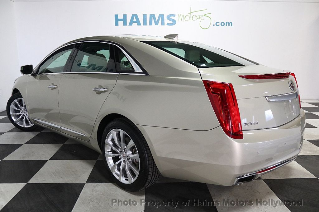 2015 Cadillac XTS 4dr Sedan Luxury FWD - 17858500 - 4