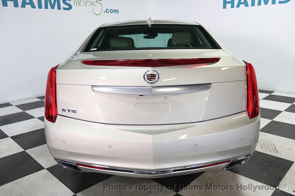 2015 Cadillac XTS 4dr Sedan Luxury FWD - 17858500 - 5