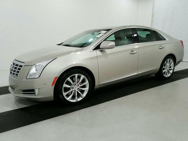 2015 Cadillac XTS 4dr Sedan Luxury FWD