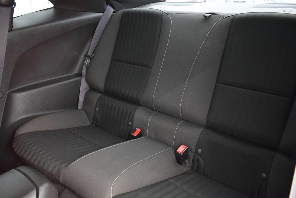 2015 Chevrolet Camaro 2dr Coupe LS w/2LS - 18336097 - 10